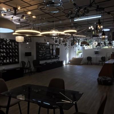 Магазин-салон «Галерея Світла»